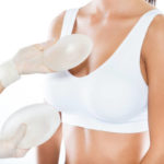 augmentation des seins par implants